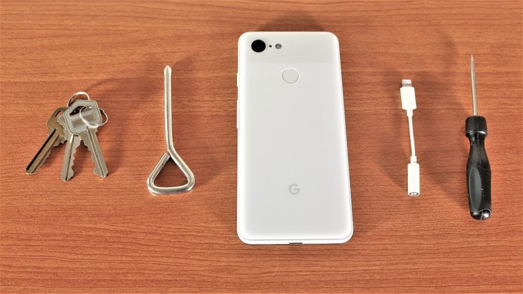 Google-Pixel-3-and-Google-Pixel-3-XL-scratch-test