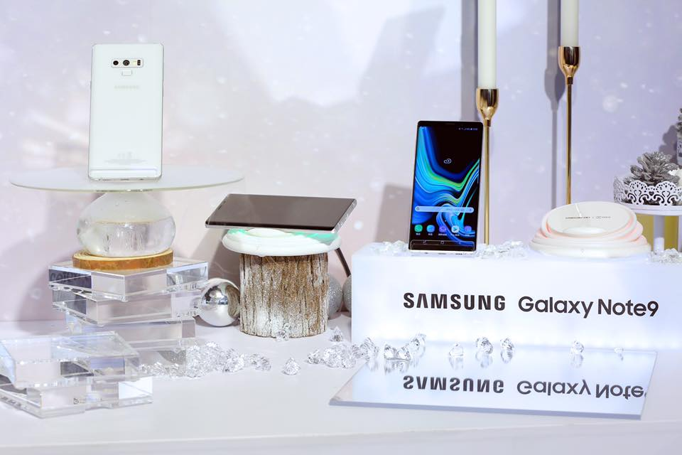 Samsung-galaxy-note-9-first-snow-white-6